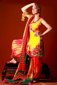 Beautiful And Attractive Mehndi Dresses 2013