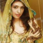 best hairstyles for mehndi bride 150x150 Pakistani Bridal Dresses for Mehndi