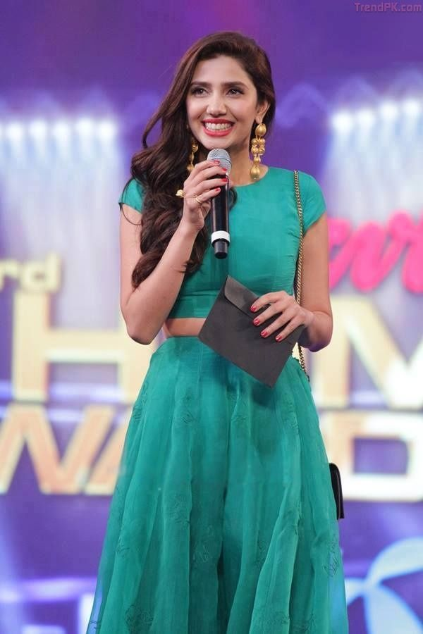 Mahira Khan on hum awards