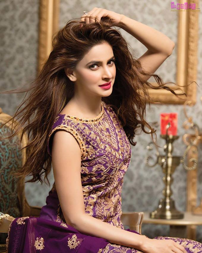 Saba Qamar Planning To Marriage In 2018 Celebrity Gossip