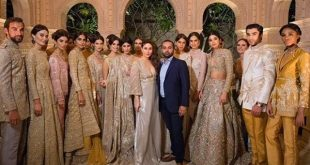 Kareena Kapoor Khan at Faraz Manan Couture show